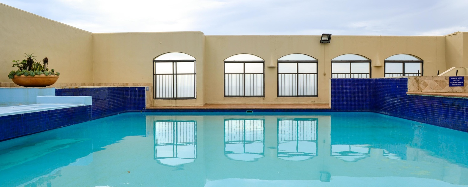 Swimming Pool, 802 Bermudas